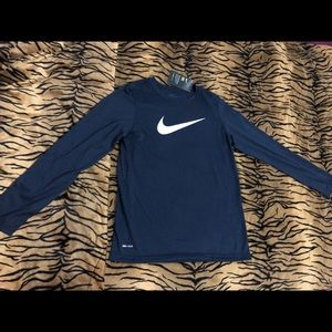 Nike boys shirt size L